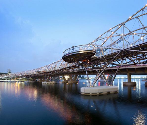 جسر الحلزون سنغافورة في خليج ماريانا ..!! Div>79